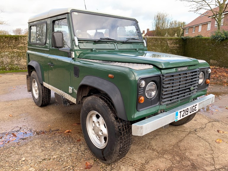 DEFENDER 90 TD5 6 SEATER NEW GALVANISED CHASSIS REBUILD for sale