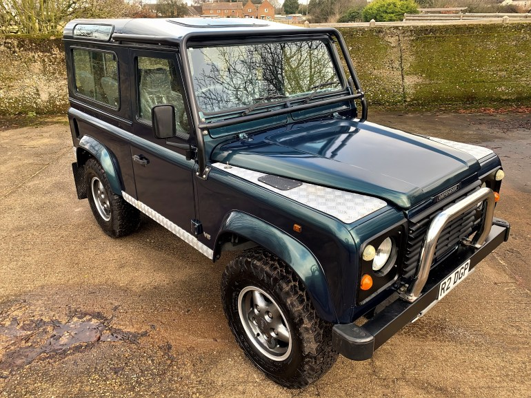 1998 LAND ROVER DEFENDER 90 50TH ANNIVERSARY 4.0v8 AUTO WITH GALVANISED CHASSIS £31995 FOR SALE AT MOTODROME THE CLASSIC LAND ROVER SPECIALISTS