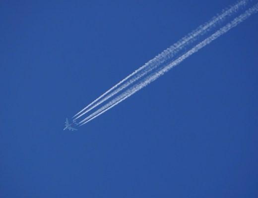 B747飛行機雲