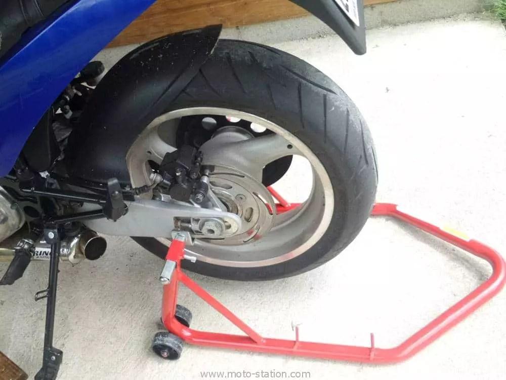 Test Bequille Datelier Moto Worken Pour Lavant ET L