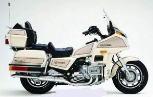 1997 Honda GL1500 Gold Wing Aspencade  MotoZombDriveCOM
