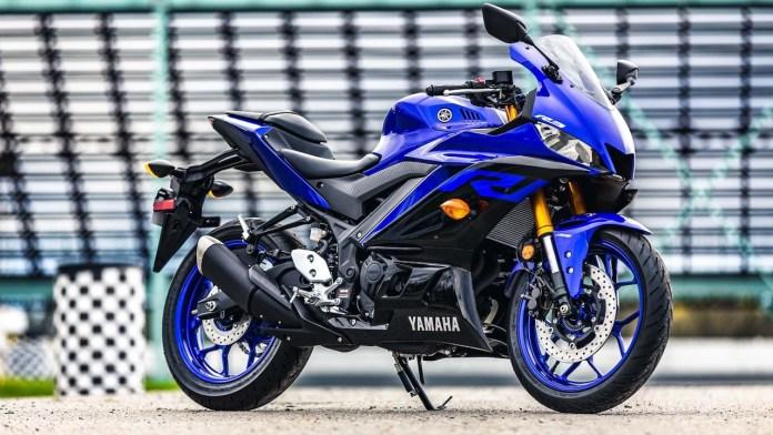 Yamaha-R3-2019-auto-trader-Revista-moto-adventure