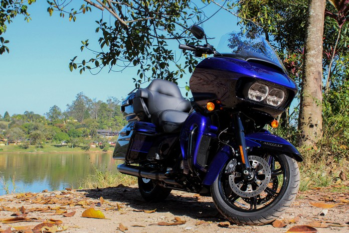 Harley-Davidson-Road-Glide-Limited-2020-análise-lancamento-moto-adventure