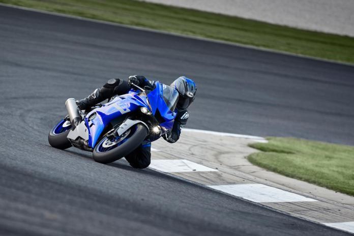 Yamaha-YZF-R6-sai-de-linha-em-2020