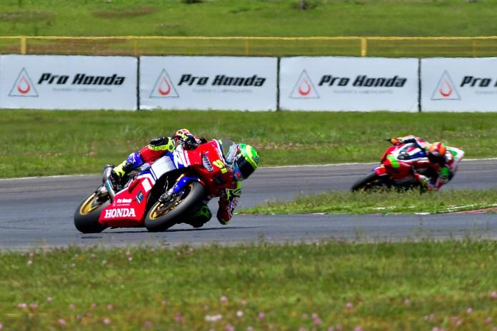 Honda-Racing-alcança-100%-de-rendimento-no-SuperBike-Brasil-2020