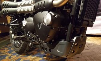 triumph-street-scrambler-lower-engine-motoadvr