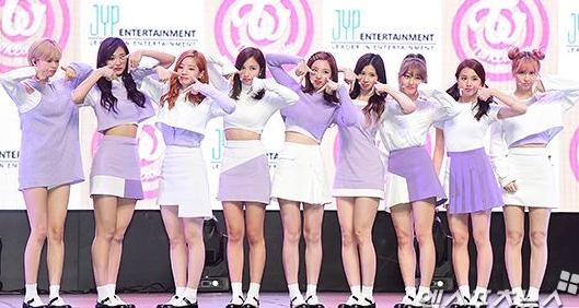 TTポーズのやり方や意味は?ネタ元は韓国のアイドルグループ?