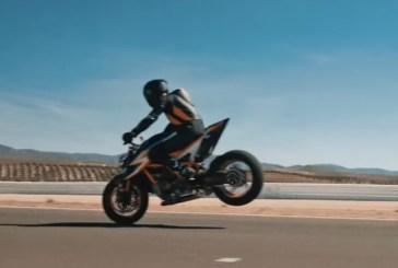 La KTM Super Duke R 2020 dévoilée dans la quatrième vidéo Teaser