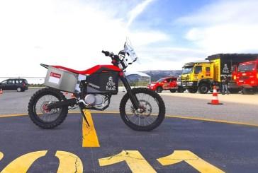 La moto électrique TACITA au départ du Rallye Dakar 2020