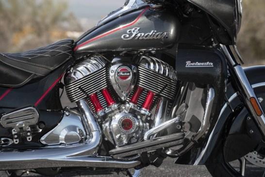 Indian - 2020-imc-roadmaster-el-thunderblackvividcrystal-gunmetalflake-detail-bh-0315_v3