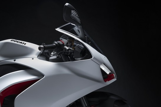 DUCATI_PANIGALE_V2 _White Rosso - Details__UC173820_Low