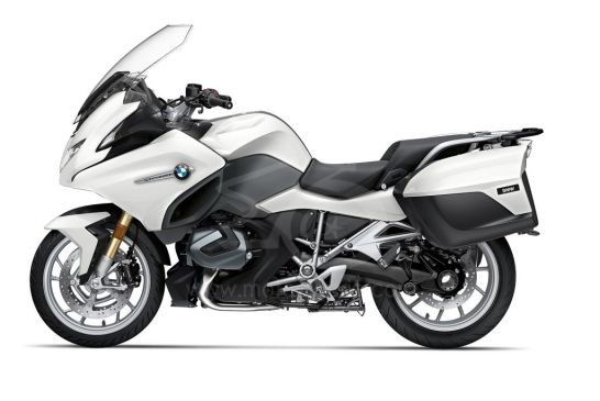 P90402236_highRes_the-new-bmw-r-1250-rt 2021