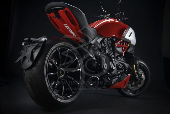 DUCATI_DIAVEL1260S_accessorized_UC204817_Low