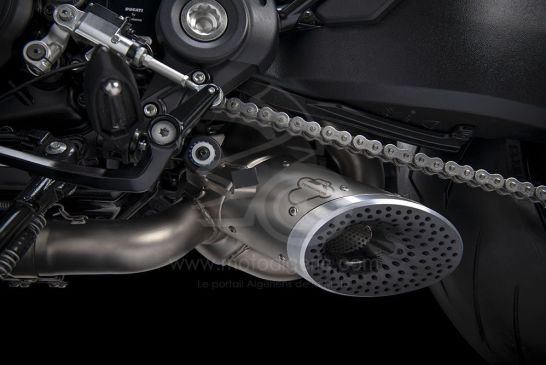 DUCATI_DIAVEL_ACCESSORIES_complete exhaust assembly_UC204819_Low