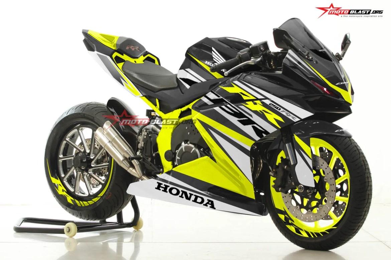 CBR250RR-BLACK-RACY YELLOW-MOTOBLAST