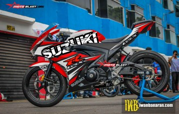 Modifikasi striping Suzuki GSX-R150 Red splash