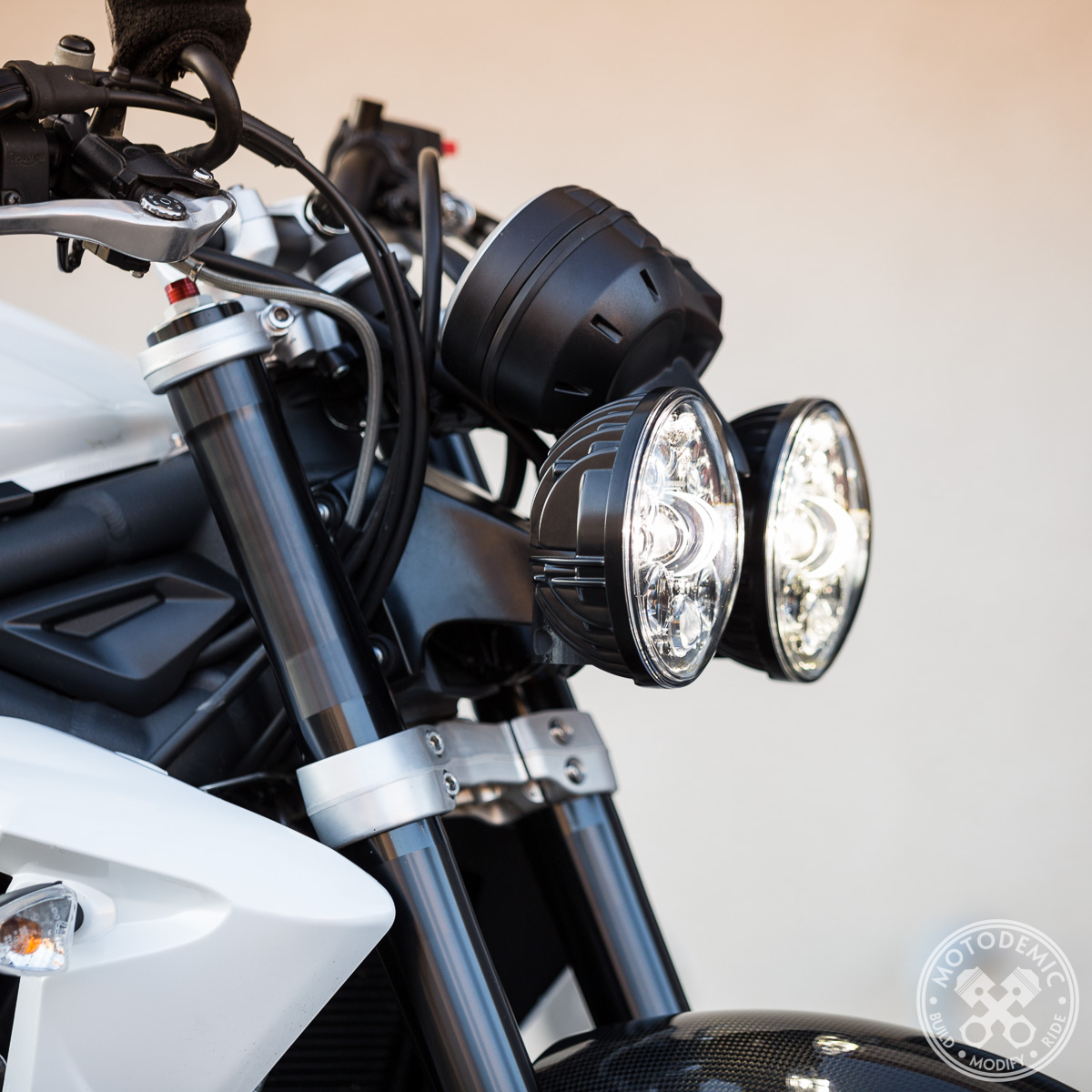 Bmw Usa Jobs >> Dual Round Headlight Conversion • MOTODEMIC