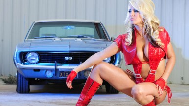 Cars-and-Girls-1024x600-032