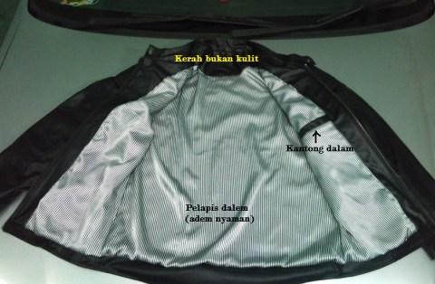 jaket cbr150 dalam komposisi