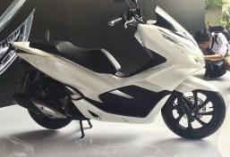 pcx 150 18 white s