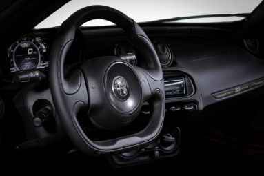 Alfa-Romeo-4C-Spider-33-Stradale-Tributo-21