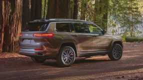 2021-jeep-grand-cherokee-l-exterior (18)