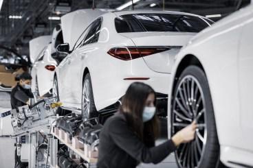 2021-mercedes-maybach-s-class-50-million-car-production-milestone-7