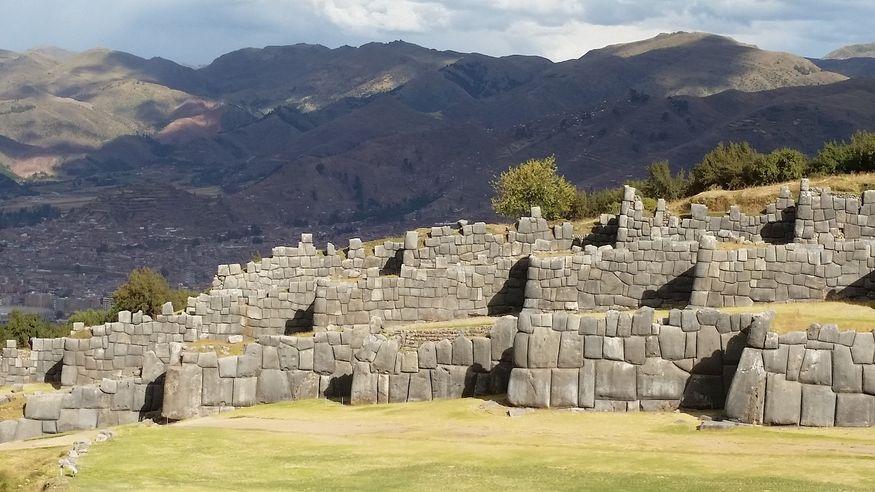 Саксайуаман Sacsayhuaman крепость в Куско Перу