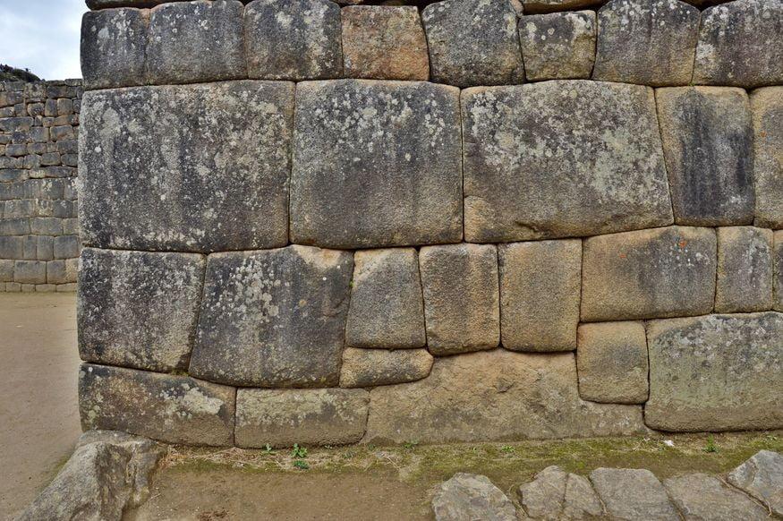 Каменная кладка инков город Мачу Пикчу