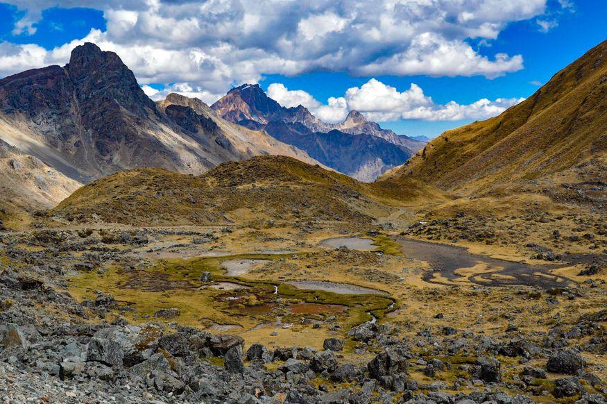 Долина в горах Уайуош Уараз Перу
