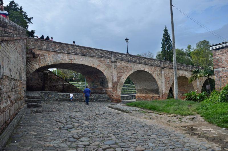 Древний мост Умильядеро