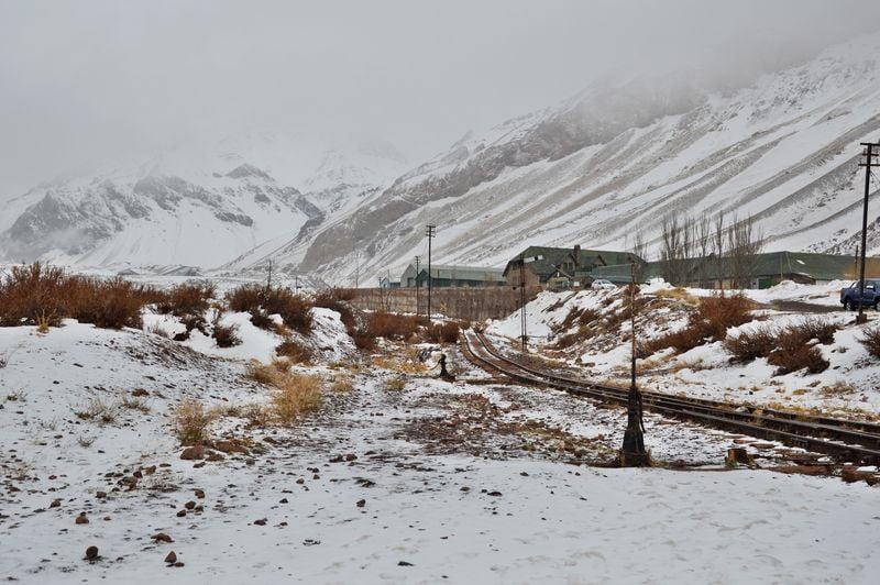 Железная дорога из аргентины в Чили (сейчас не работает)