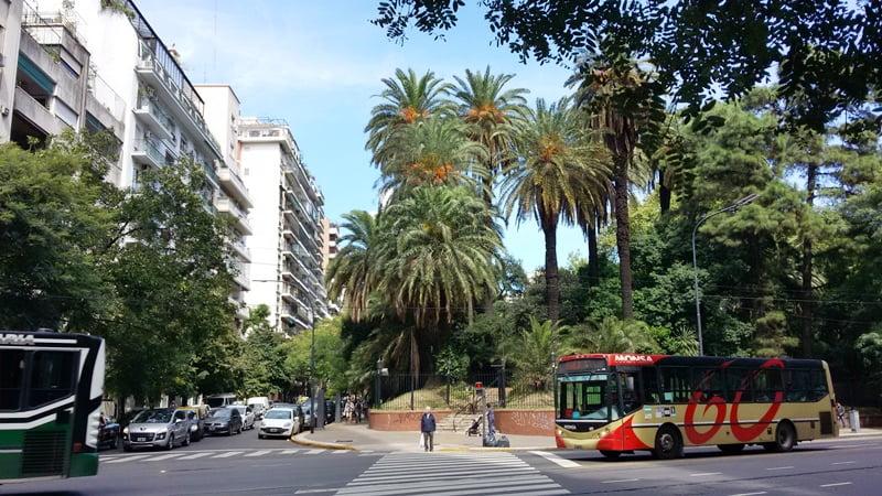 жилой дорогой район Буэнос Айреса
