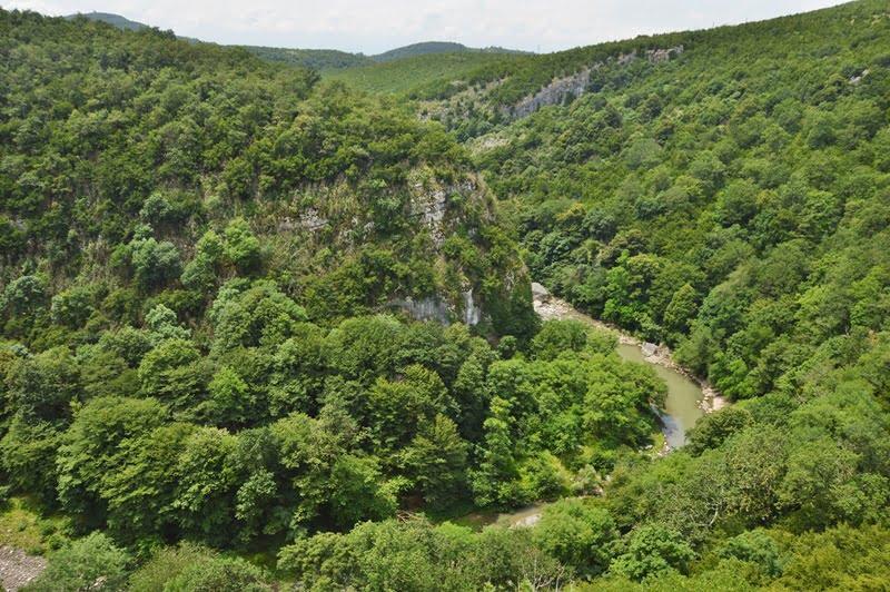Цкалтитела река около Моцаметы