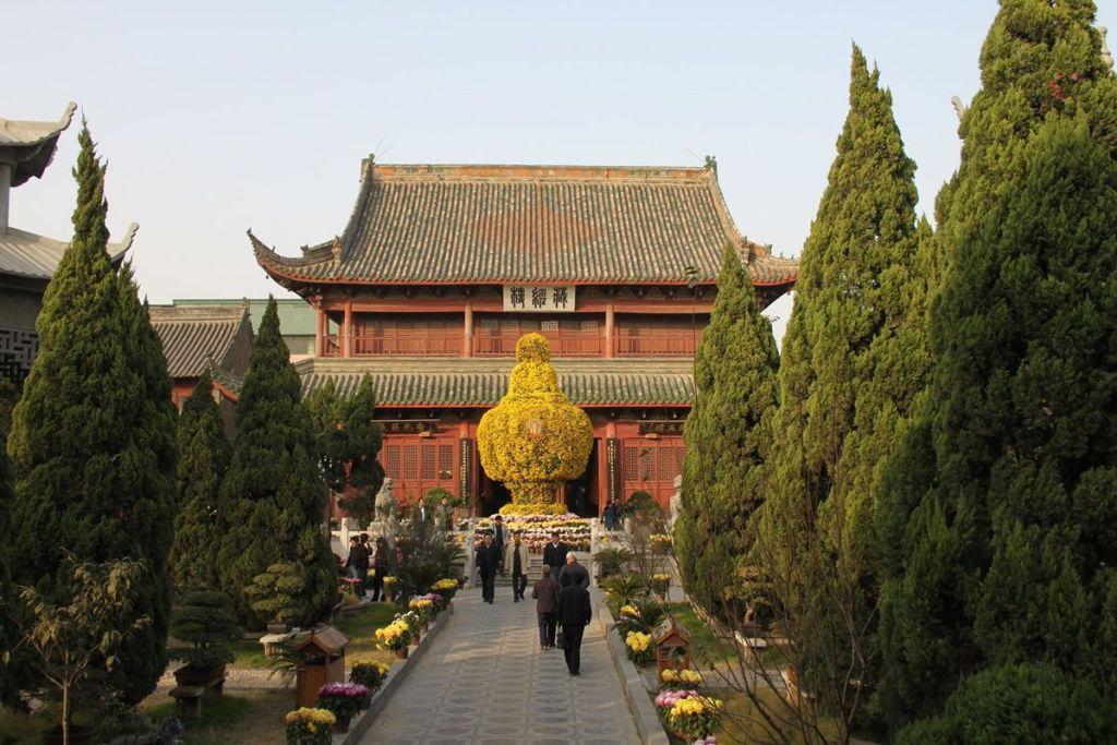 Храм Xiangguo