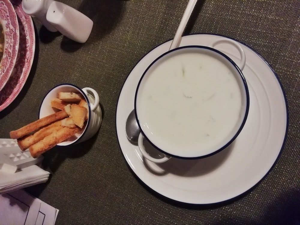 Суп из кисломолочного продукта мацони