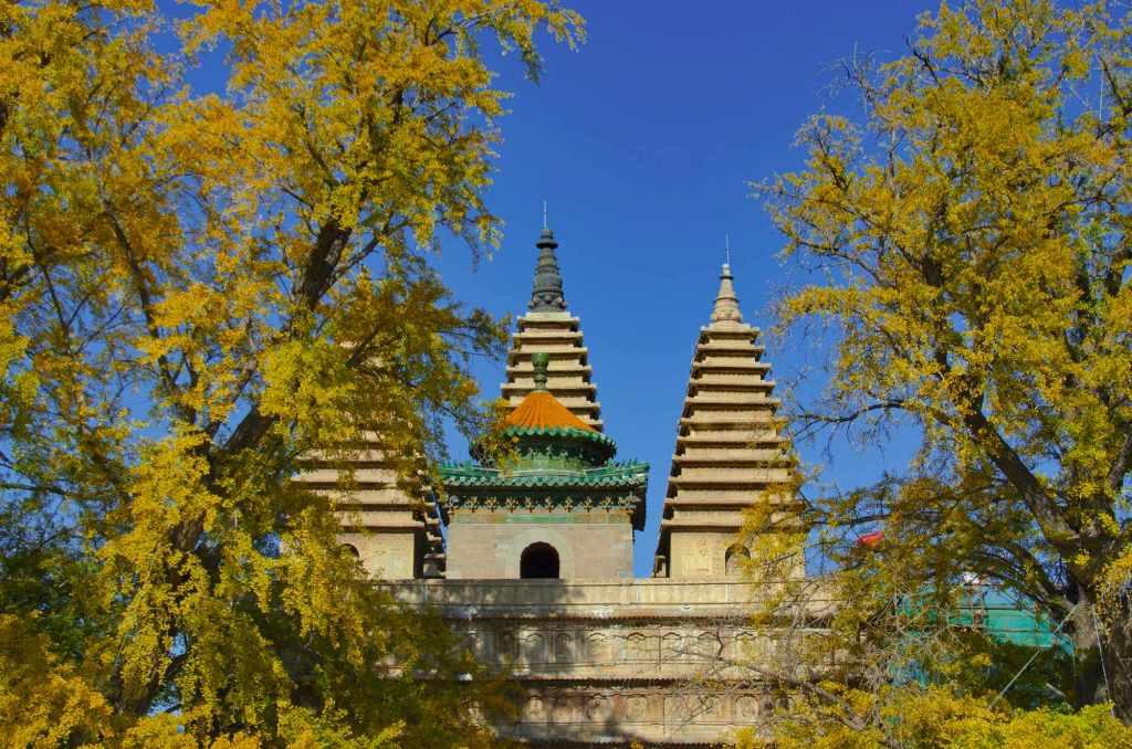 Храм пяти пагод Пекин