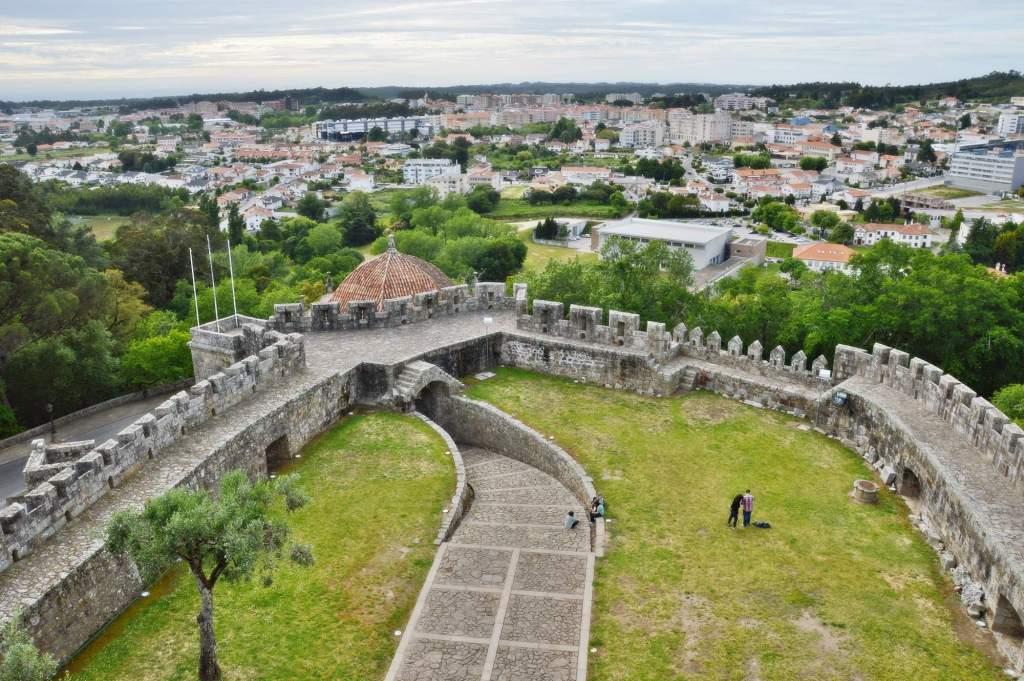 Стены окружающий форт