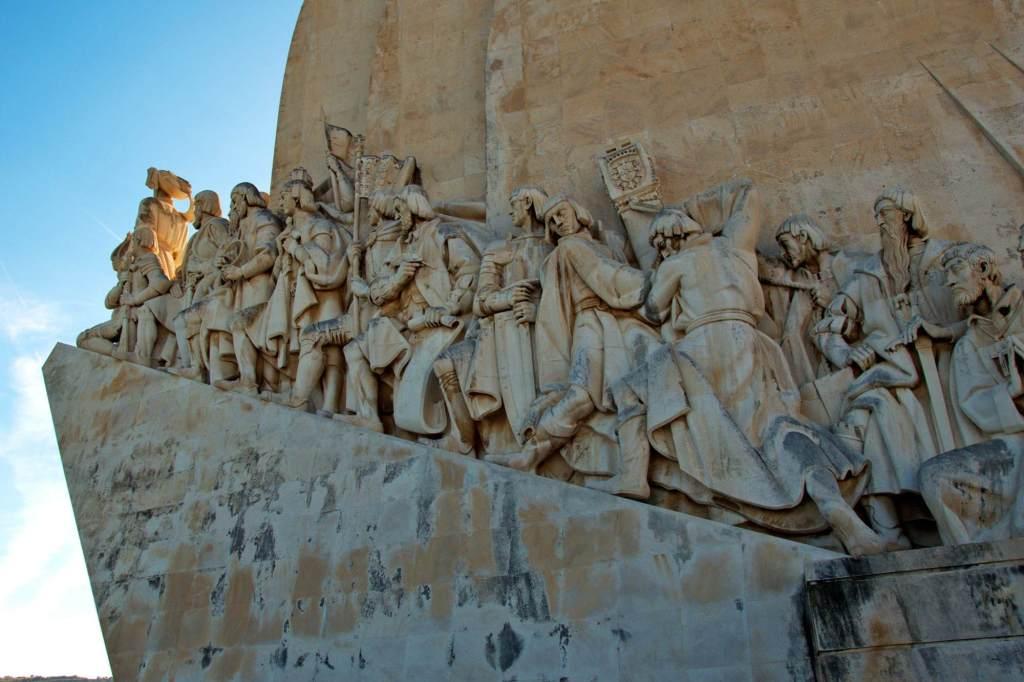 Монумент посвященный открытию новых земель в 16 веке