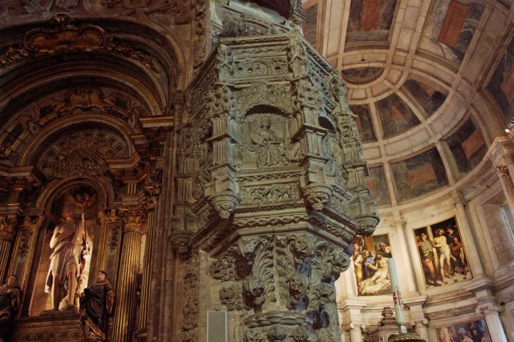 Изящная архитектура мануэлино