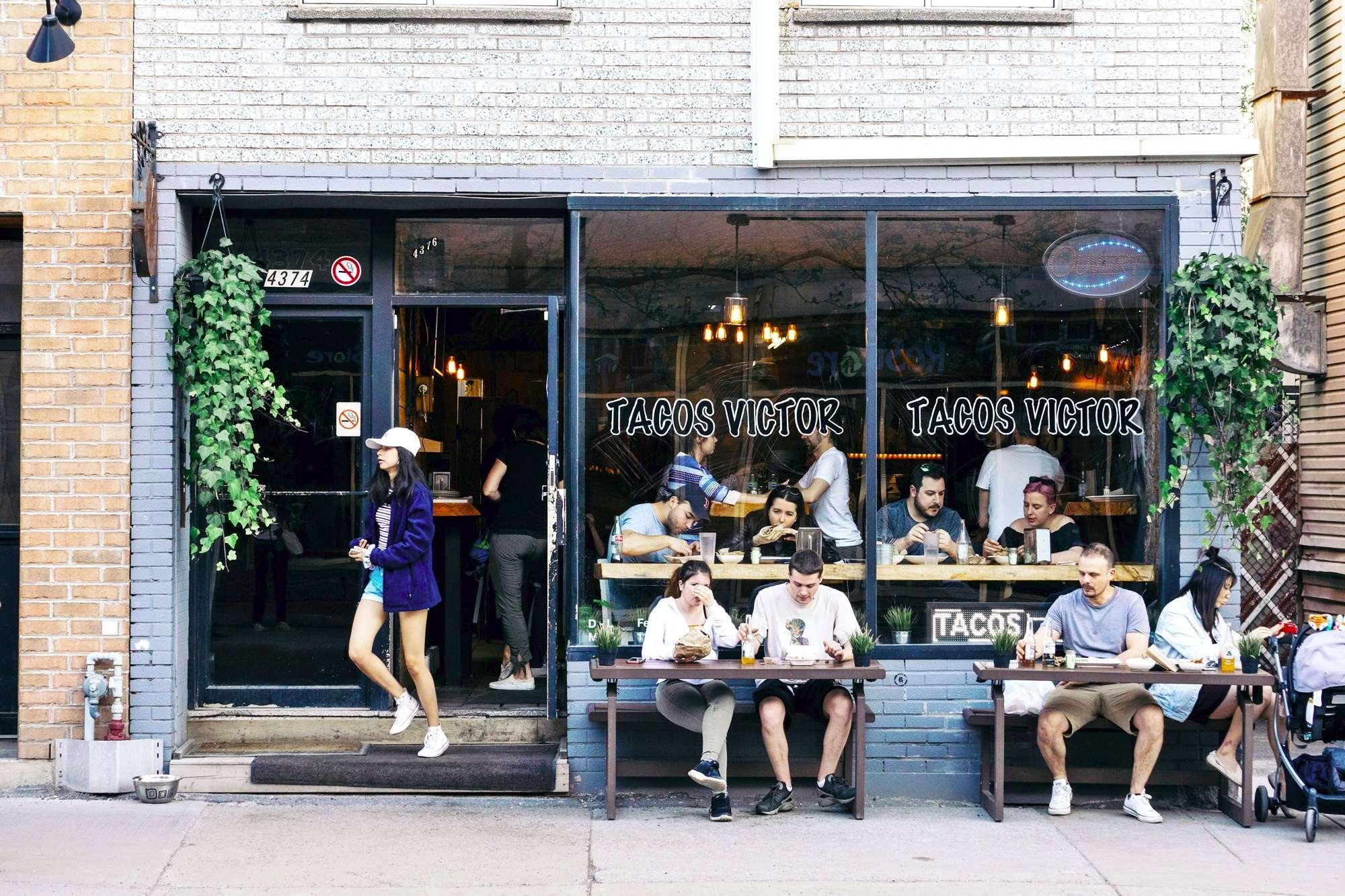 Ресторан в Старом Монреале