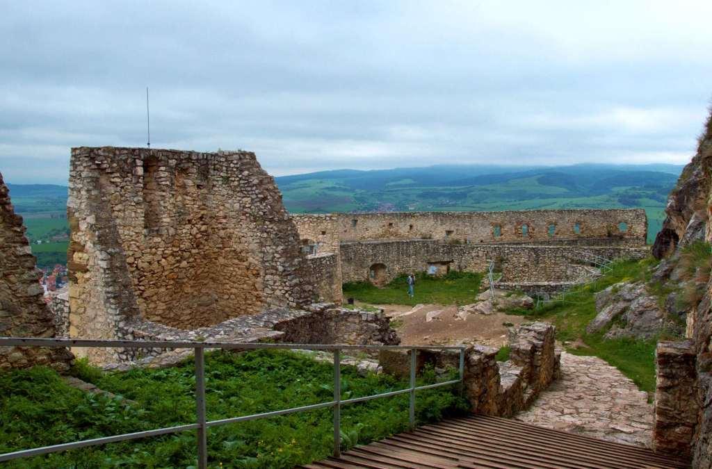 Военное сооружение прошлых веков