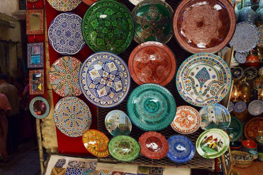 Расписные керамические тарелки
