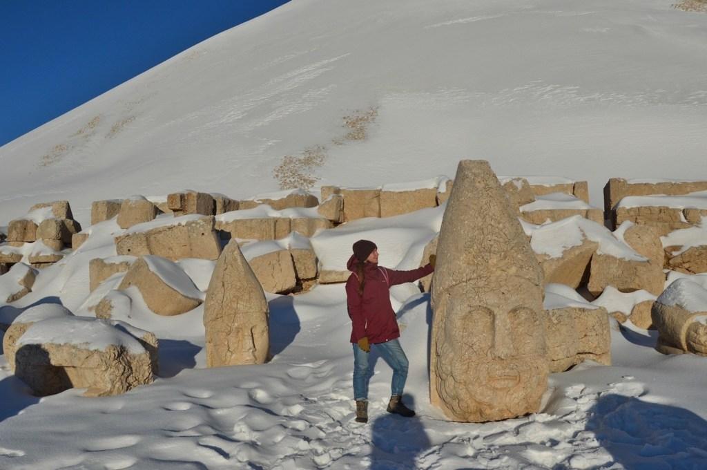 Достопримечательность Адыяман Турция - гора Немрут