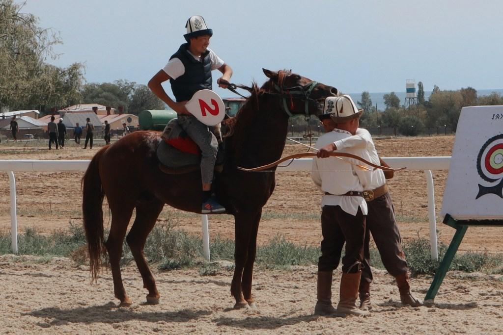 Участники соревнований Игры кочевников в Киргизии