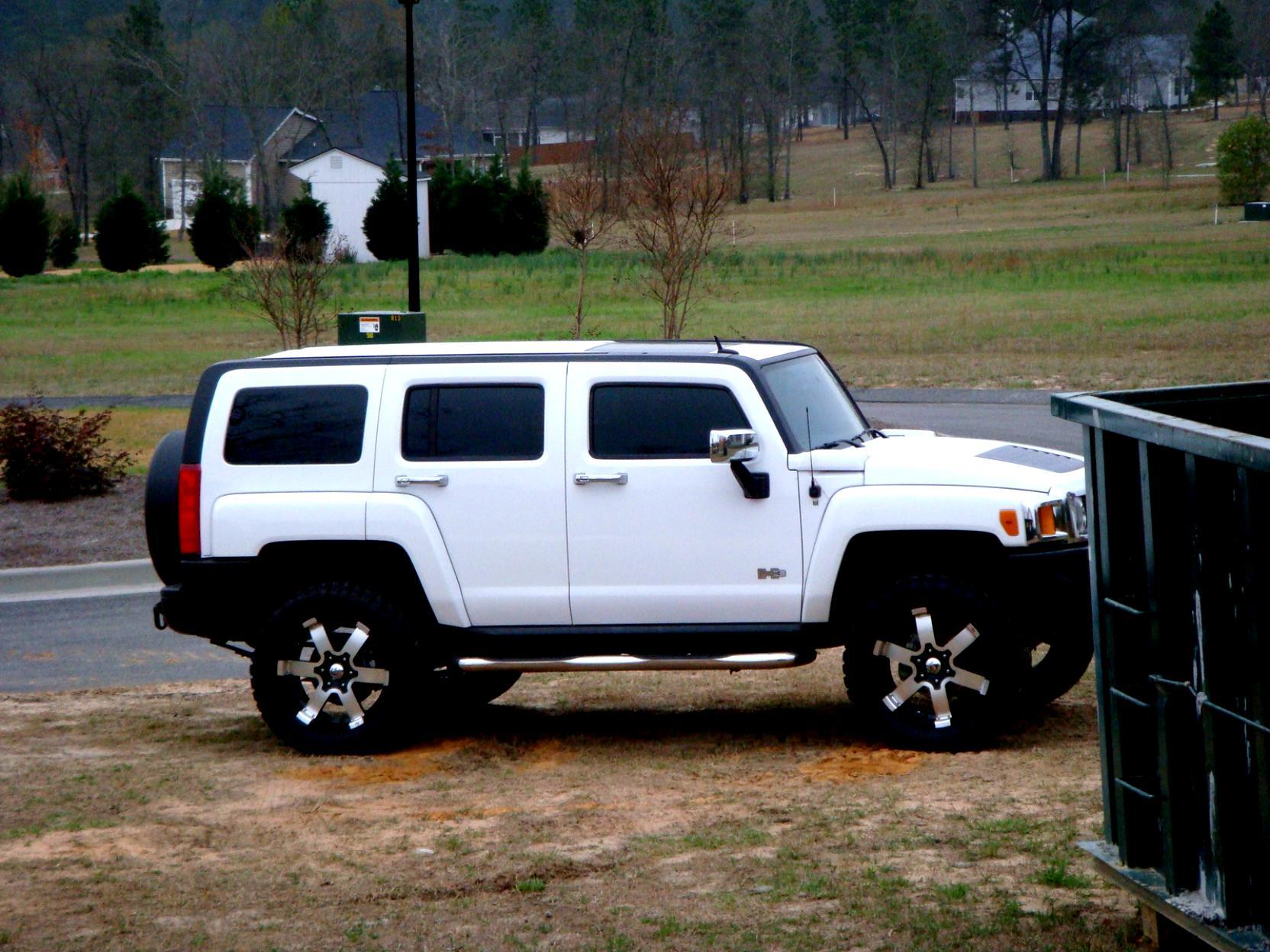 Hummer H3 Alpha 2007 on MotoImg