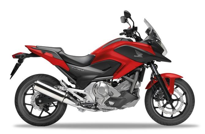 Honda NC700X Magna Red
