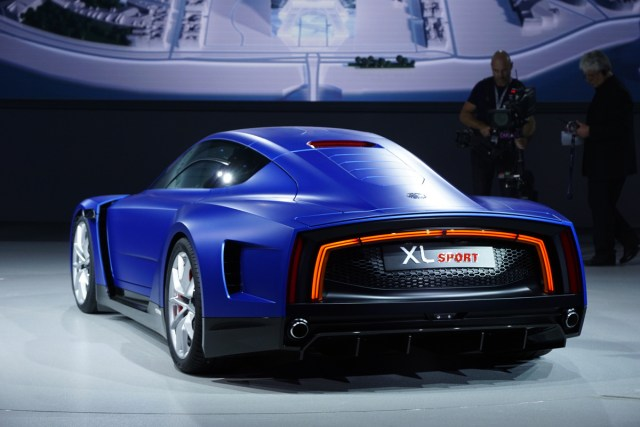 2015 Volkswagen Xl Sport Concept Powered By 200ps V2 Engine From