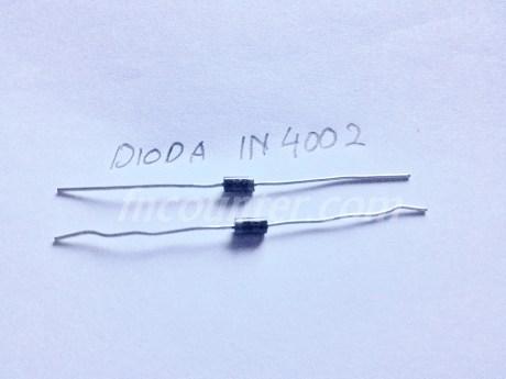 dioda IN4001