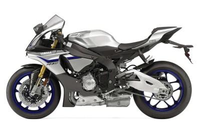 2015-Yamaha R1M_2